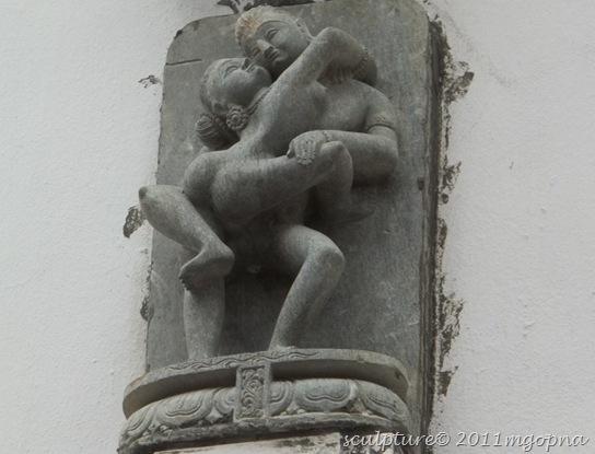 erotic statue1