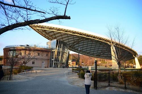 鞍ヶ池公園のプレイハウス