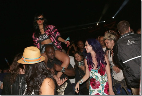 Katy Perry 2012 Coachella Music Festival Day SQvuycr00H2l