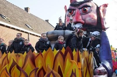 15-02-2015 Carnavalsoptocht Gemert. Foto Johan van de Laar© 059.jpg