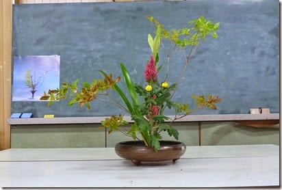【盛花】テッポウユリ、ケイトウ、アブラツツジ