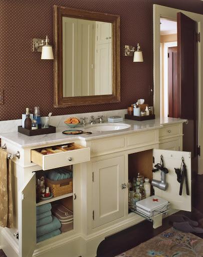 Bathroom medicine cabinet solution bathroom cabinets for Kraftmaid storage solutions