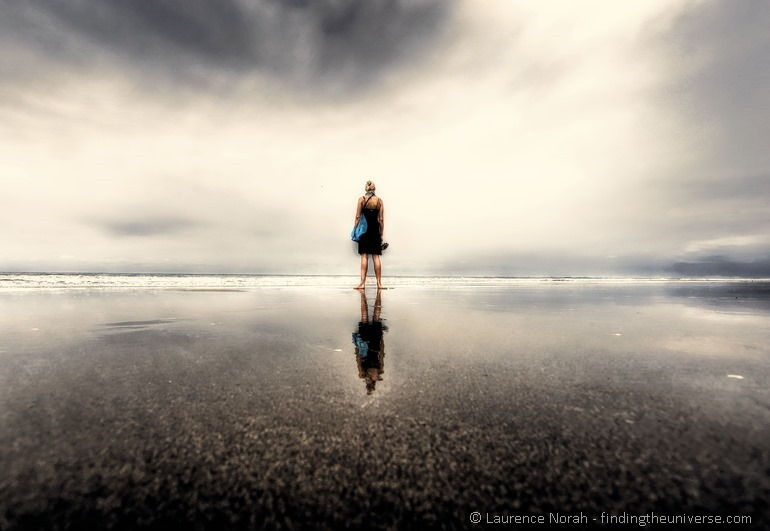 Vera-reflected-on-beach-montanita-PP