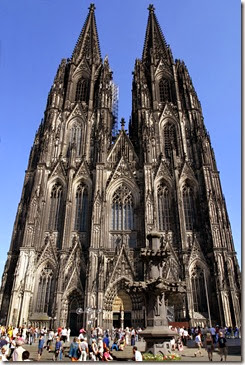 koln_cathedral_day_vert