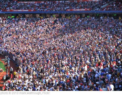 'Crowd at the Buffalo Bills vs Jackson Jaguars game' photo (c) 2010, mark.watmough - license: https://creativecommons.org/licenses/by/2.0/