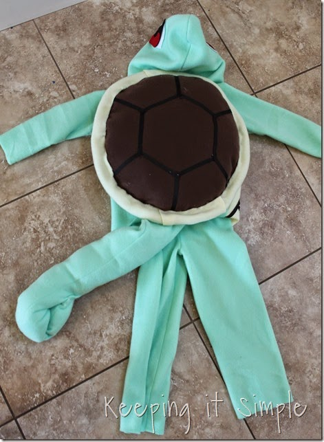 DIY Pokemon Squirtle Costume (13)