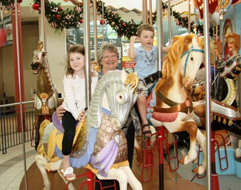 Carousel with Grandma Nov 2011 (7)
