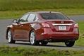 2013-Nissan-Altima-30