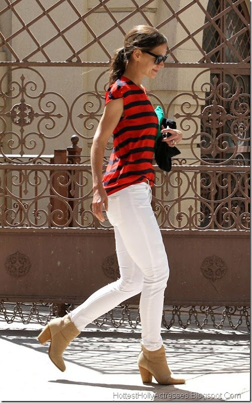 Katie Holmes Hot in Tight White Pants 1