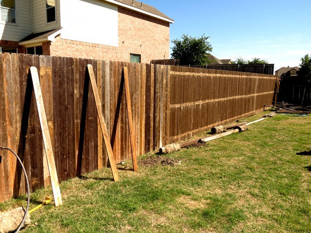 How to Build a New Fence Using Old Scraps www.stylewithcents.blogspot.com. 6