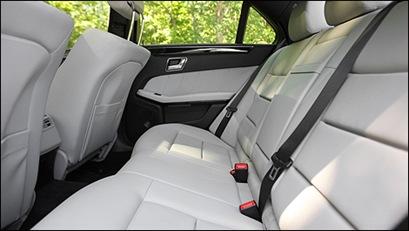 Mercedes-Benz-E350-2011_i4