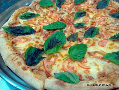 Angel's Pizza Margherita