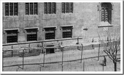 lonja1909 sotano donde se guardaban los toldos y demás accesorios del mercado