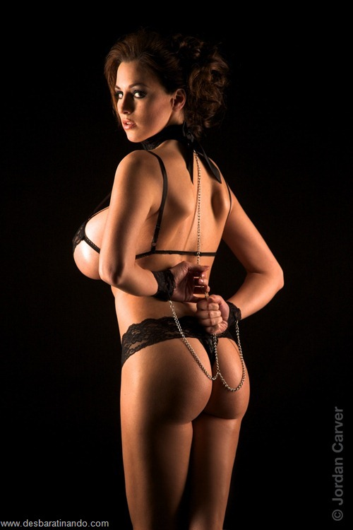 jordan carver linda sexy sensual peitos tits big tits desbaratinando (11)