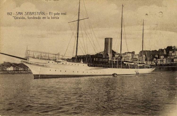 El GIRALDA en San Sebastian. Fecha indeterminada. Foto web Gure Guipuzcoa.jpg