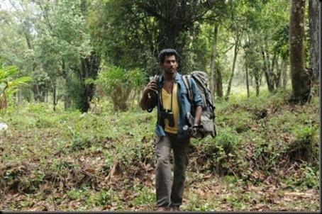Trisha-Vishal-Samar-Movie-Stills-3