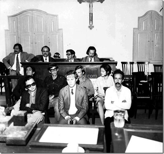 Em 1972, Dilma Rousseff ficou encarcerada por dois meses em Juiz de Fora. Em 2011, o fotógrafo Aelson Foto Faria Amaral, que pesquisava o acervo fotográfico do extinto Diário Mercantil, no Arquivo Municipal de Juiz de Fora, local