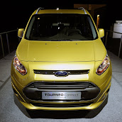 2013-Ford-Tourneo-Connect-4.jpg