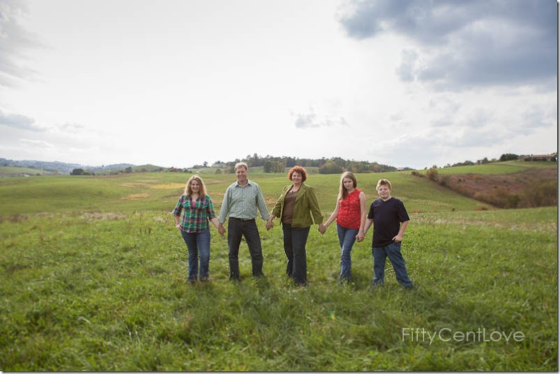va-family-portraits-field-13