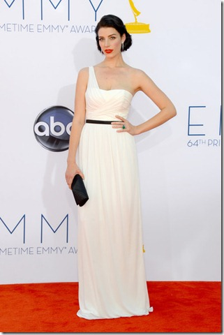 Jessica Pare 64th Annual Primetime Emmy Awards oPDSP7gjHzzl