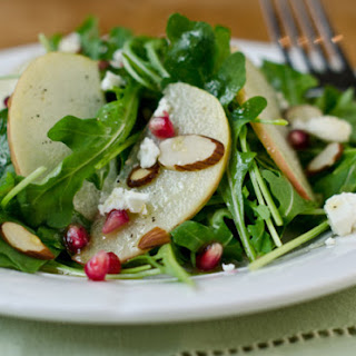 Arugula, Apple, and Pomegranate Salad with Cider-Honey Vinaigrette