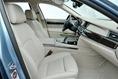 2013-BMW-7-Series-127