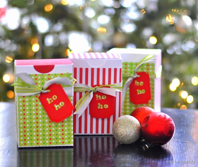 Peppermint Chex Mix and DIY Favor Boxes
