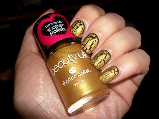 beautyuk-night-fever-gold-shatter-polish06