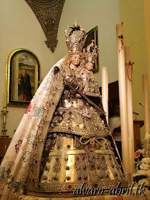 nuestra-señora-de-la-antigua-patrona-de-almuñecar-vestida-alvaro-abril-fiestas-almuñecar-2013-felicitacion-novena-procesion-maritimo-terrestre-(4).jpg