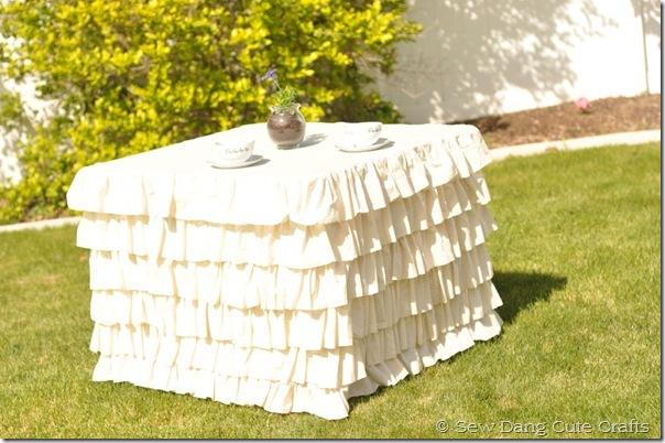 Ruffled-Tablecloth-1