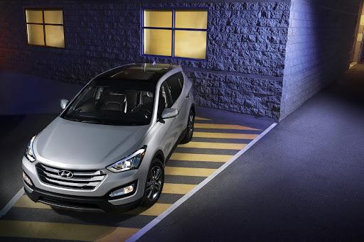 2013-Hyundai-Santa-Fe-Sport-04.jpg