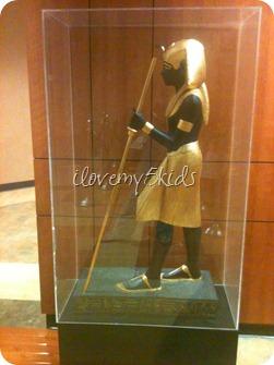 Walk like an Egytian