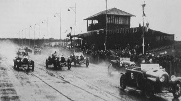 24H-du-Mans-1923-Double-Chenard-Walcker-sur-pneus-Michelin_opengraph