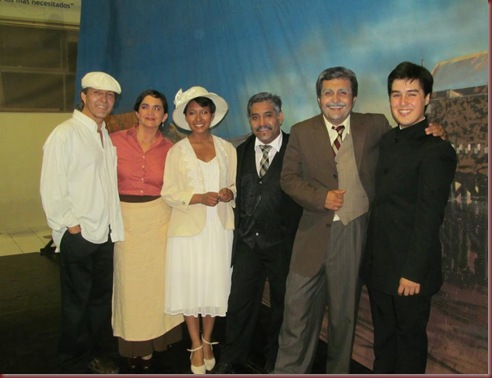 MAQUILLAJE,PEINADO Y VESTUARIO (45)