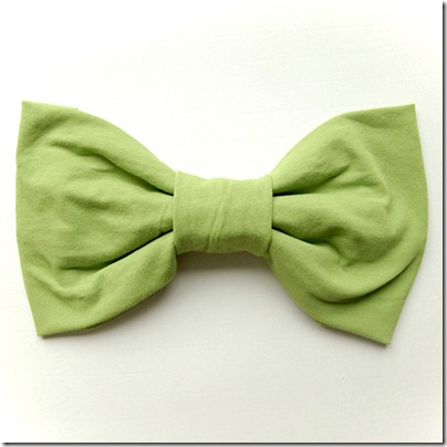 isly-t-shirt-bow-tutorial-9