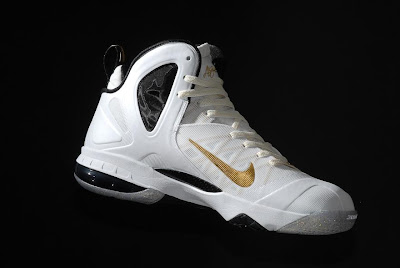 nike lebron 9 ps elite white gold home 9 03 kenlu LeBron 9 P.S. Elite White/Gold (Home) & Black/Gold (Away)