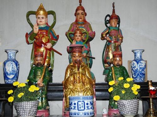 di-tich-chua-hoi-son-300-tuoi (7)