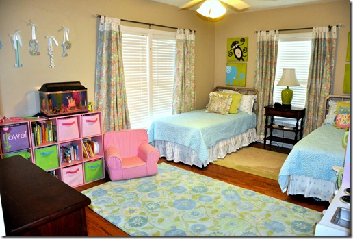 blair's room 0712 (13)