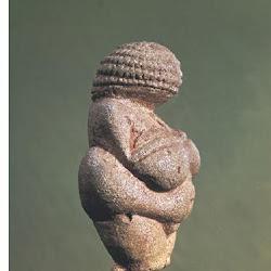 02 - Venus auriñaciense de Willendorf (Austria)