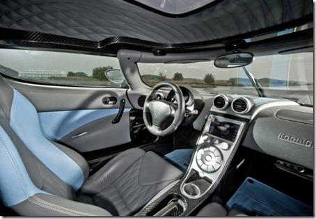 2012-Koenigsegg-Agera-Interior