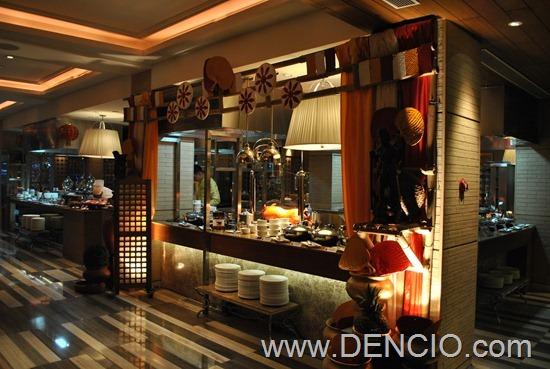 Cafe Ilang Ilang Buffet Manila Hotel 005