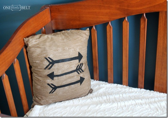 felt-arrow-pillow-nursery-decor