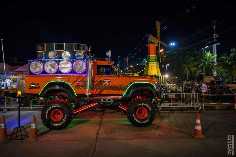 2557_Thailand_Pattaya_Jomtien_transport_tuk_tuk_tuck_tuck_taxi-17