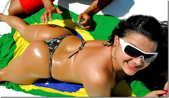 brazilian-beaches-bikinis-21
