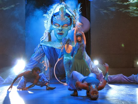 Water themed Cirque show