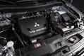 2014-Mitsubishi-Outlander-7