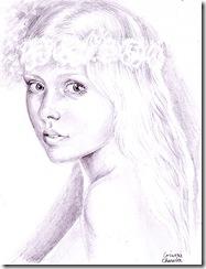 Portret de fata cu trandafiri in parul ei blond