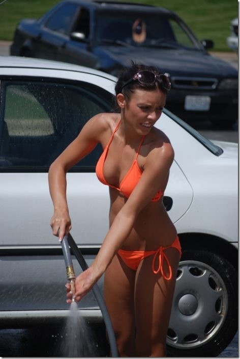 best-bikini-carwash-24