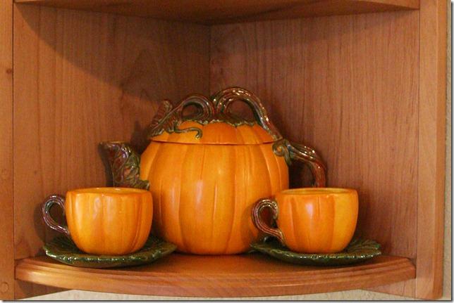 2011 11 03_pumpkin teapot