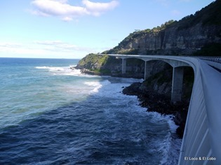 Sea Cliff Bridge, looking south